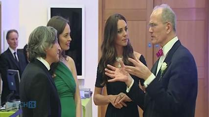 News video: Kate Middleton Joins The A-List Party At The Queen's House